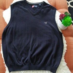 😎CHAPS Navy Blue V-Neck sweater vest😎